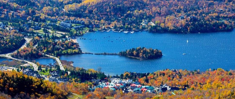 Mont-Tremblant, Canada © Aivoges | Dreamstime 26799043