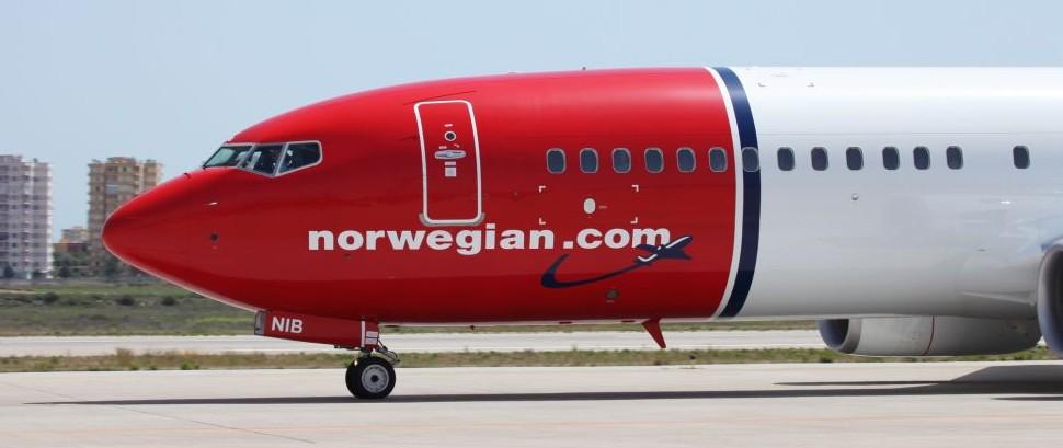 Norwegian Airlines © Theataraxia | Dreamstime 34046597