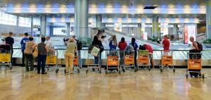 Airport Luggage © Irina Opachevsky   Dreamstime 77556033