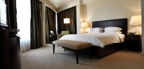 Hotel Bed © Aleksandar Andjic   Dreamstime 13015021
