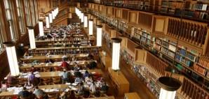Library © Alain Lacroix | Dreamstime 19335824