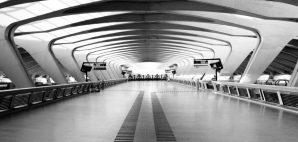 Airport © Patrick Poendl | Dreamstime 12263941