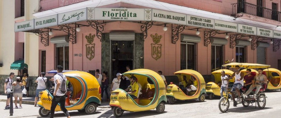 El Floridita, Havana, Cuba © Alexandre Fagundes De Fagundes | Dreamstime 61710135