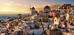 Santorini, Greece © Hannu Viitanen | Dreamstime 22263369