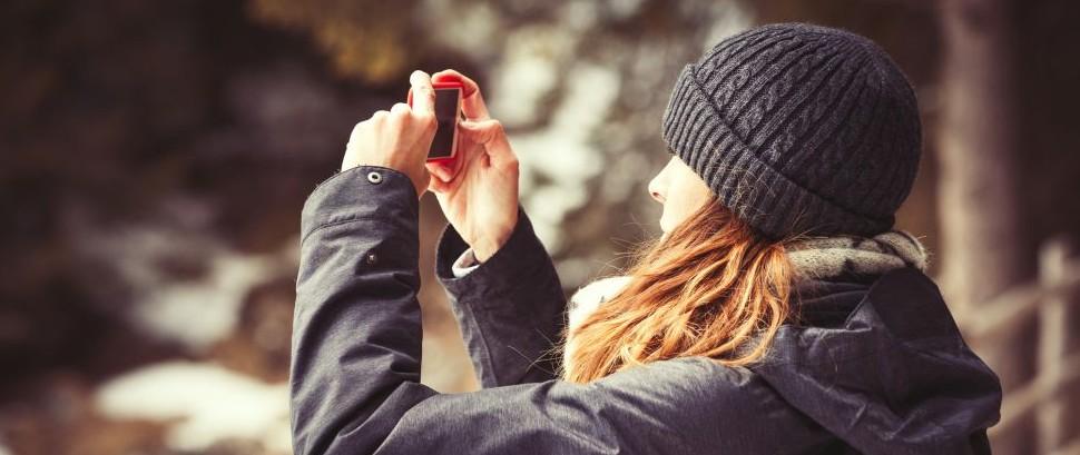 Smartphone Camera © Angelo Cordeschi | Dreamstime 69093310