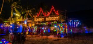 Full Moon Party, Koh, Thailand © Phurinee Chinakathum | Dreamstime 70335002