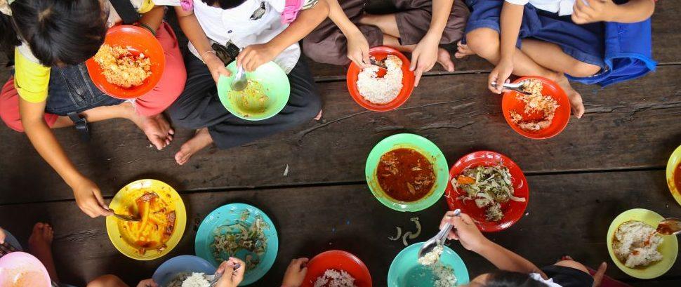 Lunch in Asia © Anna Issakova | Dreamstime 43183341