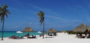 Arashi Beach, Aruba © Ritu Jethani | Dreamstime 64221895
