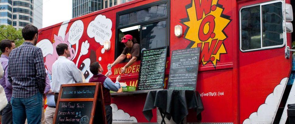Food Truck © Russ Ensley | Dreamstime 47789680