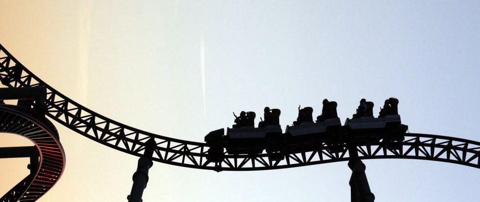 Roller Coaster © Grigor Atanasov | Dreamstime 17123117