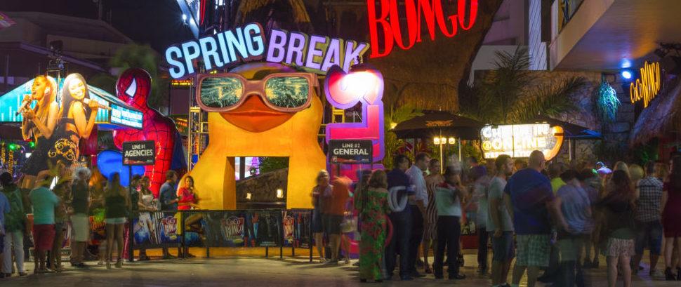 Spring Break in Cancun, Mexico © Czuber | Dreamstime 88080403