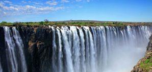 Victoria Falls, Zimbabwe © Agap13 | Dreamstime 17880682