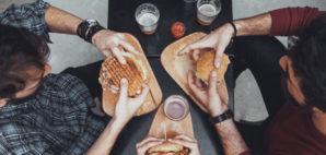 Beer Burgers © Zeljko Dangubic | Dreamstime 65249588