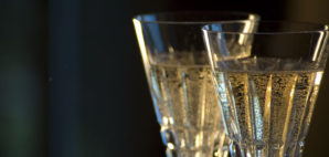 Champagne © Oconnelll   Dreamstime 15700344