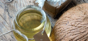 Coconut Oils © Hoxuanhuong | Dreamstime 54202384