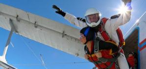 Skydiving © Germanskydiver | Dreamstime 23275434
