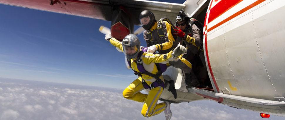 Skydiving © Germanskydiver | Dreamstime 28820252