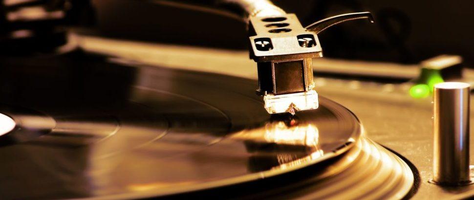Vinyl Turntable © Alessandro D'esposito | Dreamstime 3549249