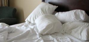 Bed Hotel © Dewitt | Dreamstime 1965882