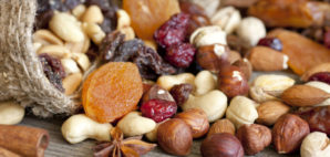 Fruit and Nuts © Udra11 | Dreamstime 27237059