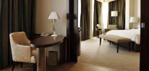Hotel Room © Aleksandar Andjic   Dreamstime 13015141