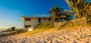 Jupiter Island, Florida © Jon Bilous | Dreamstime 47689860