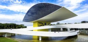 Museu Oscar Niemeyer, Curitiba, Brazil © Rodrigolab | Dreamstime 65099402