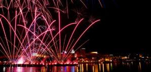 Fireworks © Soldem2 | Dreamstime 25623659