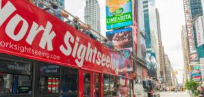 Hop On Hop Off Bus in New York City © Giovanni Gagliardi | Dreamstime 54031220
