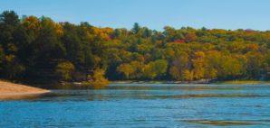 Wisconsin Dells © Kwiktor   Dreamstime.com