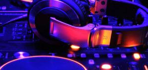 DJ © Editor77 | Dreamstime