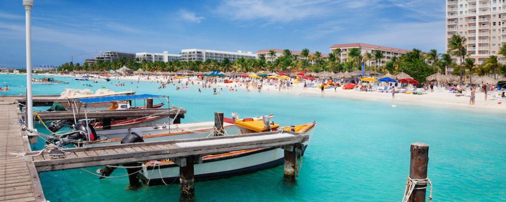 Palm Beach, Aruba © Jo Ann Snover   Dreamstime.com