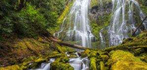 Proxy Falls, Oregon © Kan1234 | Dreamstime