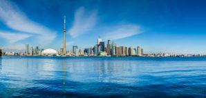 Toronto © minnystock | Dreamstime