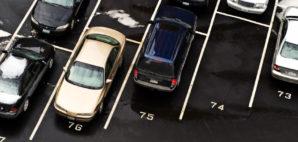 parking © Fotoeye75 | Dreamstime
