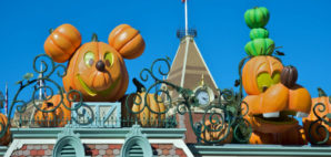 Disney Halloween © Juan Camilo Bernal | Dreamstime