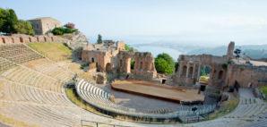 Teatro Greco © Vvoevale | Dreamstime