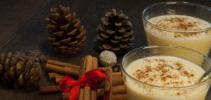 Traditional Christmas Eggnog with Nutmeg and Cinnamon © Rauzzer | Dreamstime 26832705