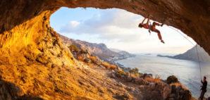Climbing © Photobac | Dreamstime.com
