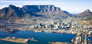 Cape Town © Andrea Willmore | Dreamstime.com
