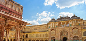 Jaipur, India © Elenatur | Dreamstime.com