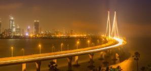Mumbai © Narayankumar   Dreamstime.com